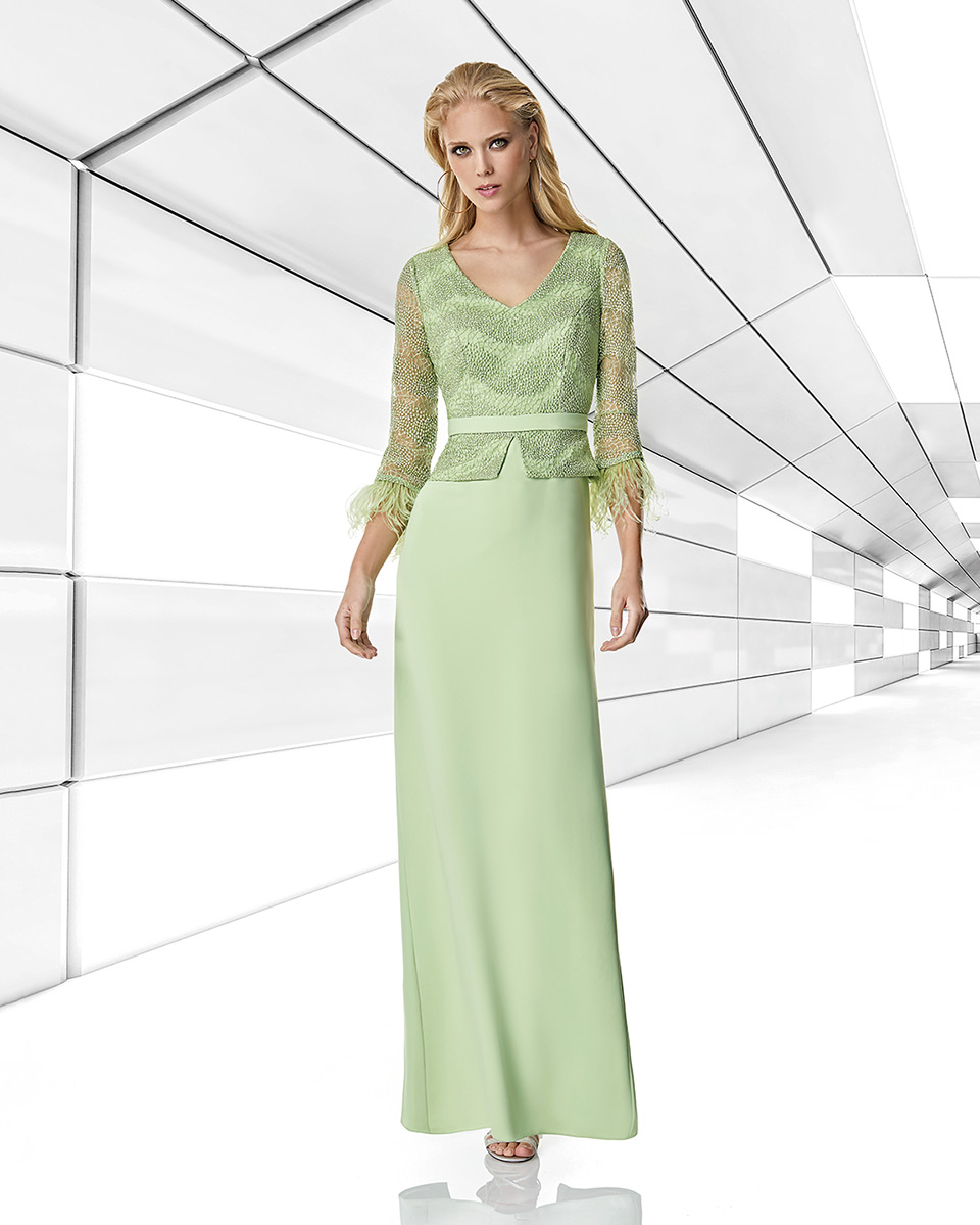 Robes de soirée, robes de Mére de la mariee. Complete 2020 Collection Printemps Eté Trece Lunas. Sonia Peña - Ref. 1200006