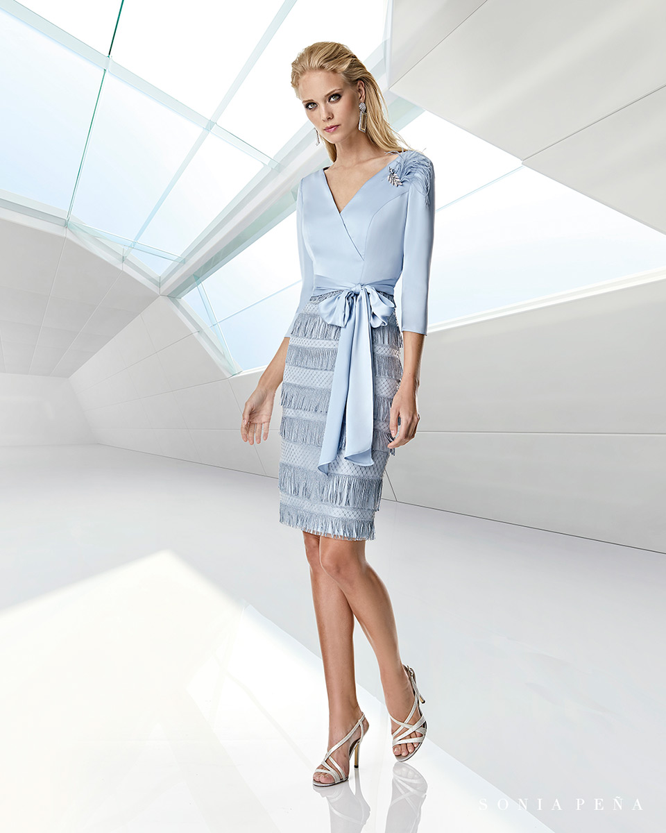 Robes de soirée, robes de Mére de la mariee. Complete 2020 Collection Printemps Eté Trece Lunas. Sonia Peña - Ref. 1200010A