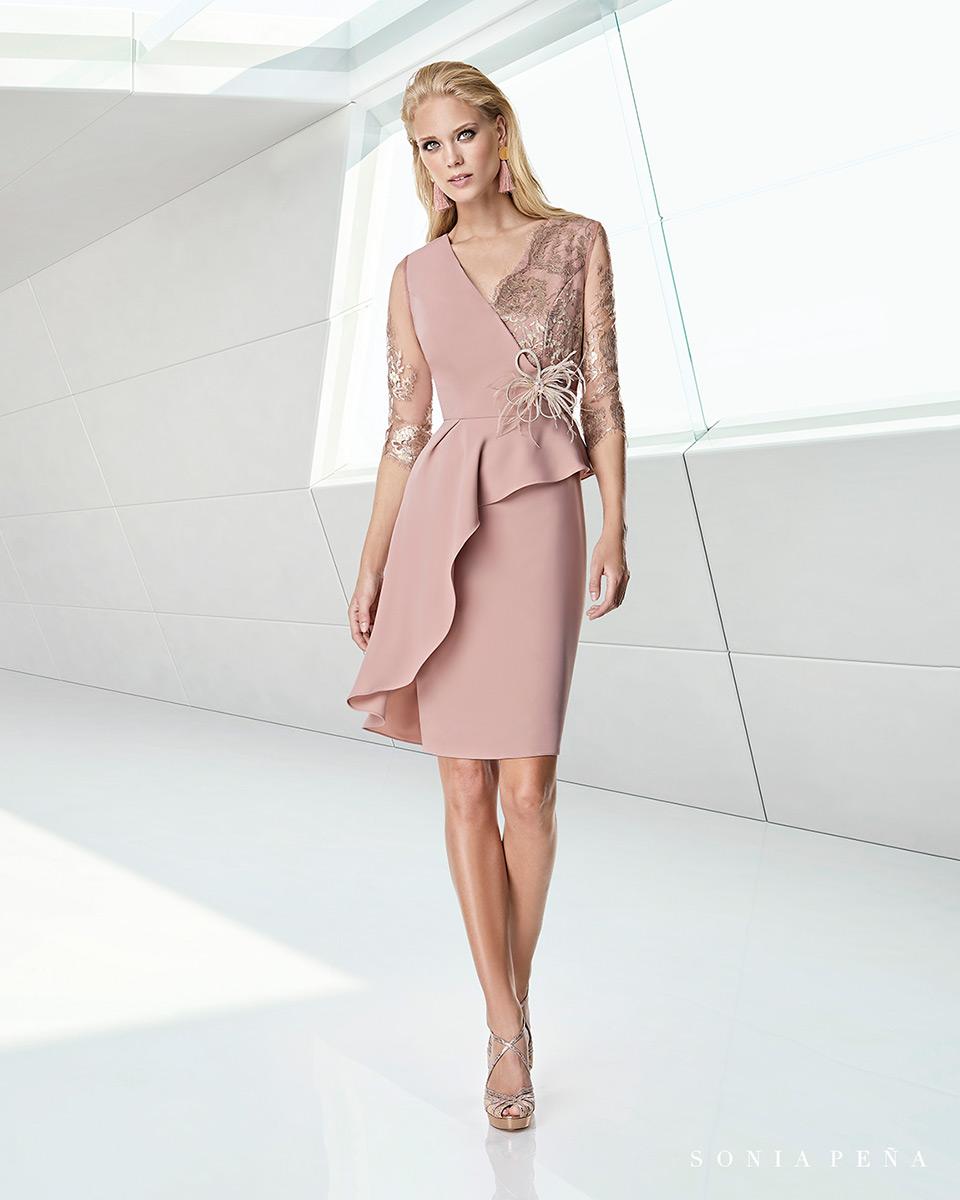 Kurzes Kleid. Frühling-Sommer-Kollektion Trece Lunas 2020. Sonia Peña - Ref. 1200023A