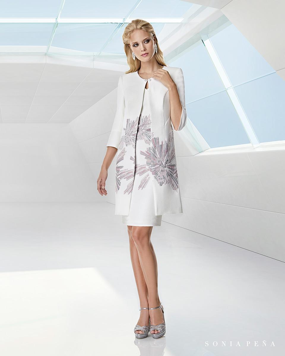 Jacket dress. Spring-Summer Trece Lunas Collection 2020. Sonia Peña - Ref. 1200035