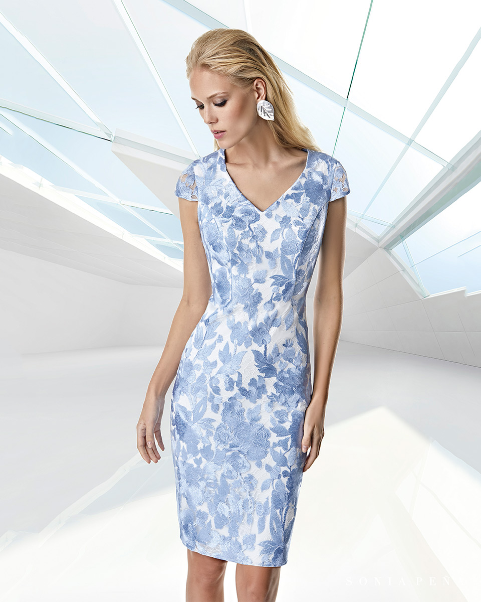 Kurzes Kleid. Frühling-Sommer-Kollektion Trece Lunas 2020. Sonia Peña - Ref. 1200039A