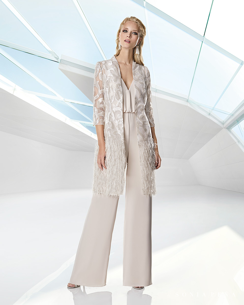 Jacket dress. Spring-Summer Trece Lunas Collection 2020. Sonia Peña - Ref. 1200059