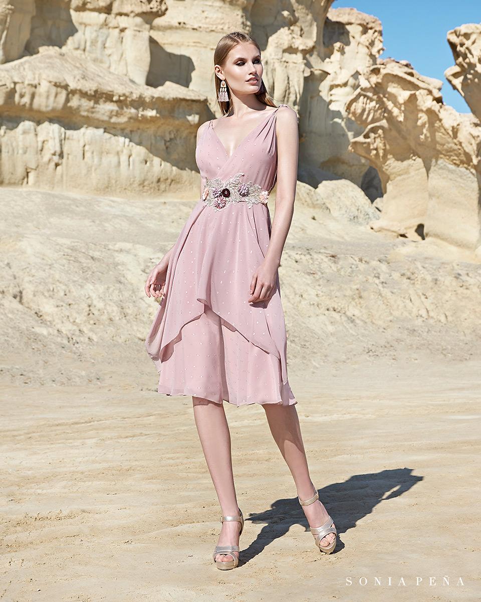 Short dress. Spring-Summer Trece Lunas Collection 2020. Sonia Peña - Ref. 1200115
