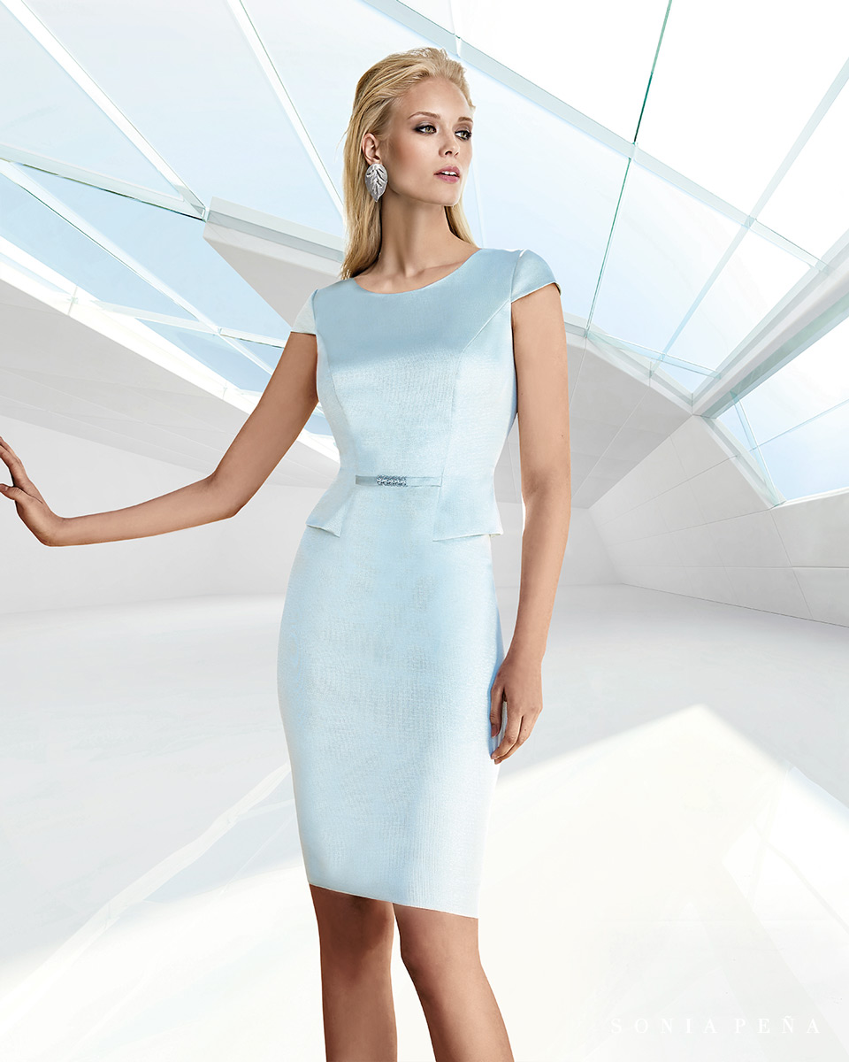 Kurzes Kleid. Frühling-Sommer-Kollektion Trece Lunas 2020. Sonia Peña - Ref. 1200116A