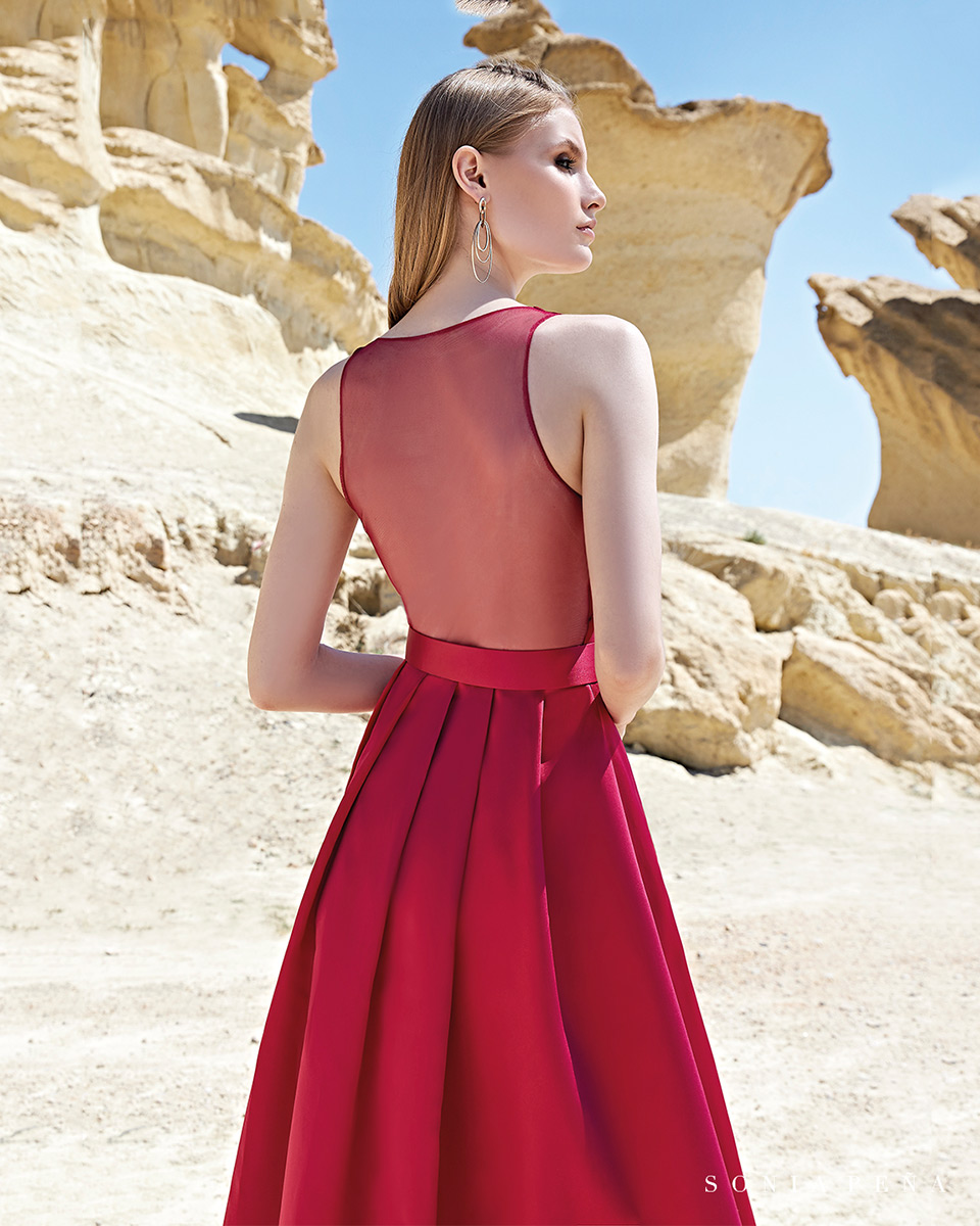 Vestido longo. Colecção Primavera-Verão Trece Lunas 2020. Sonia Peña - Ref. 1200126