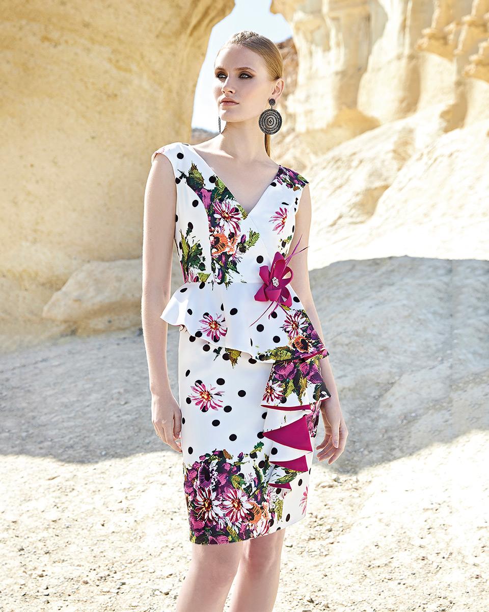 Vestido curto. Colecção Primavera-Verão Trece Lunas 2020. Sonia Peña - Ref. 1200132
