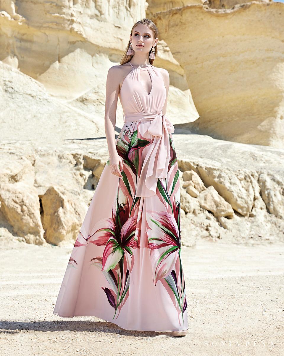 Vestido longo. Colecção Primavera-Verão Trece Lunas 2020. Sonia Peña - Ref. 1200133