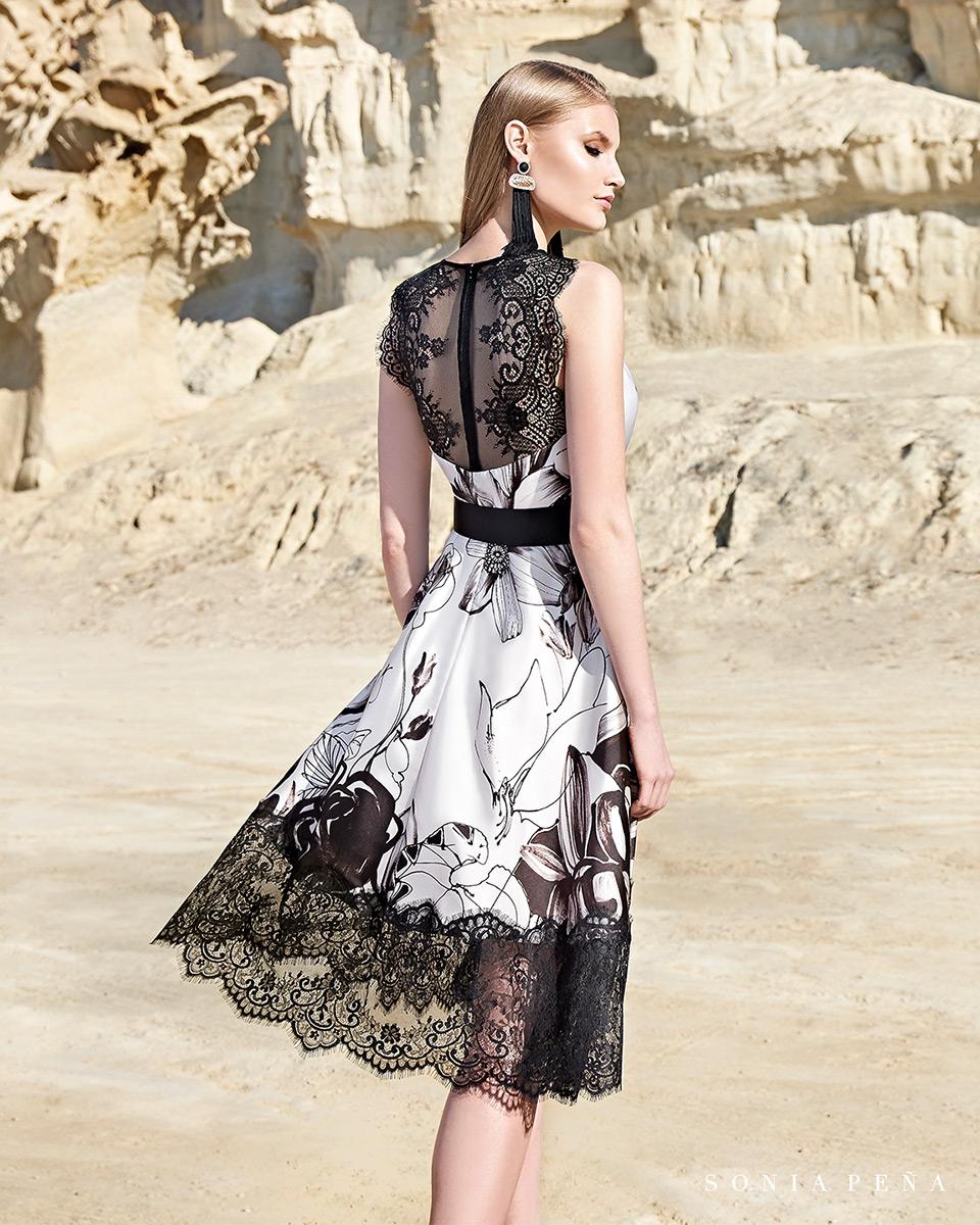 Vestido curto. Colecção Primavera-Verão Trece Lunas 2020. Sonia Peña - Ref. 1200134