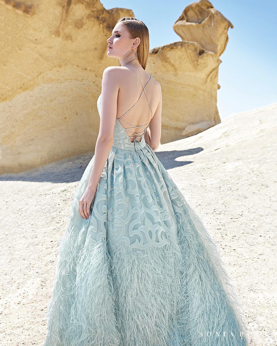 Robes de soirée, robes de Mére de la mariee. Complete 2020 Collection Printemps Eté Trece Lunas. Sonia Peña - Ref. 1200137