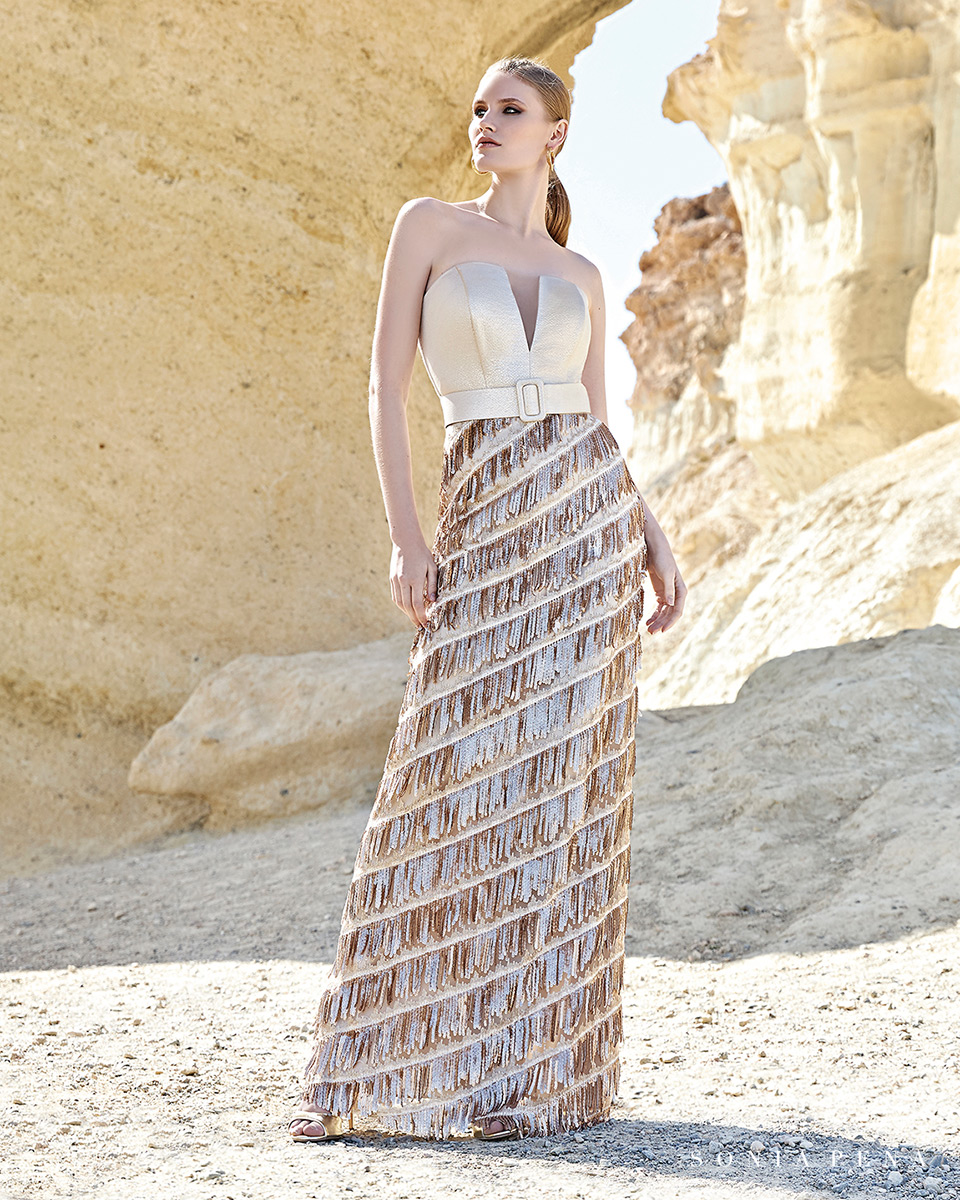 Vestido longo. Colecção Primavera-Verão Trece Lunas 2020. Sonia Peña - Ref. 1200161