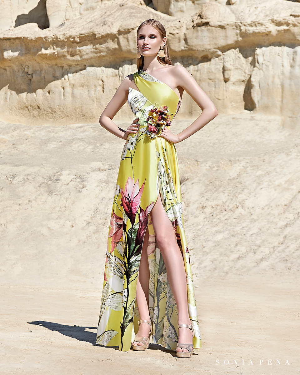 Long dress. Spring-Summer Trece Lunas Collection 2020. Sonia Peña - Ref. 1200164